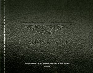 Brochure for the Aston Martin Accessories offered in 2015, Italian version